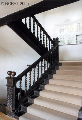 Image of the fine oak staircase with barley sugar twisted balusters